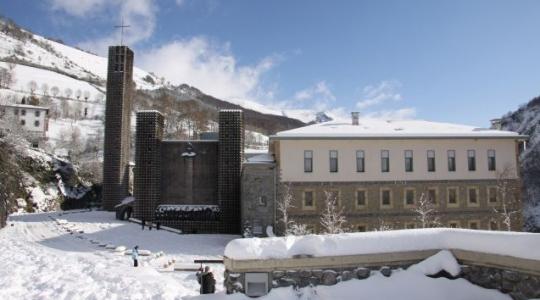 Vista exterior del Santuario.